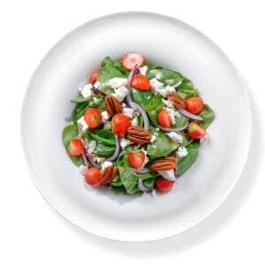 Špenátový salát s jahodami - krabičková dieta